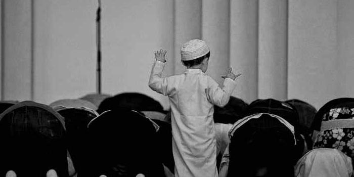 Membiasakan Anak Untuk Shalat