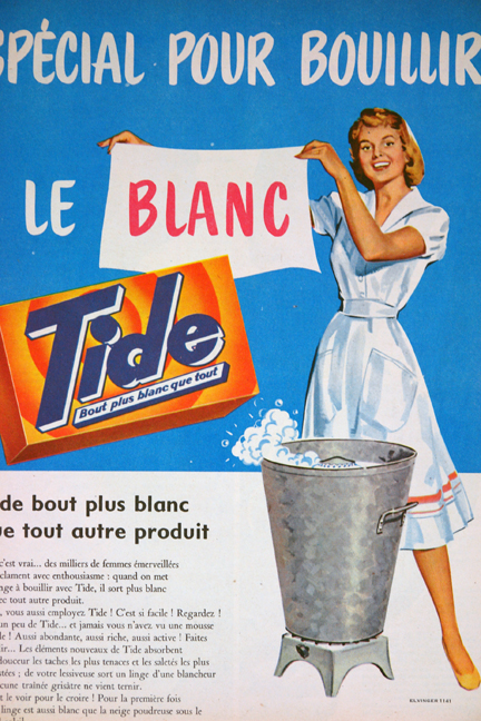 "Advertisement for Tide detergent from a vintage 1950s French ""L'Echo de la Mode"" magazine"