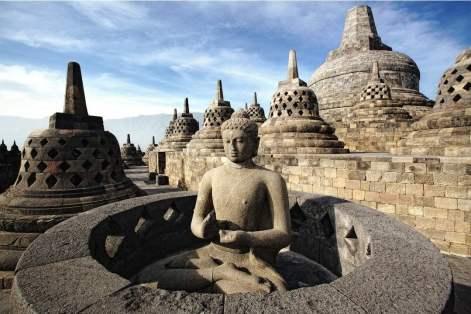 Borobudur, Prambanan dan Ratu Boko, Indonesia   HiSoUR - Hi So You Are