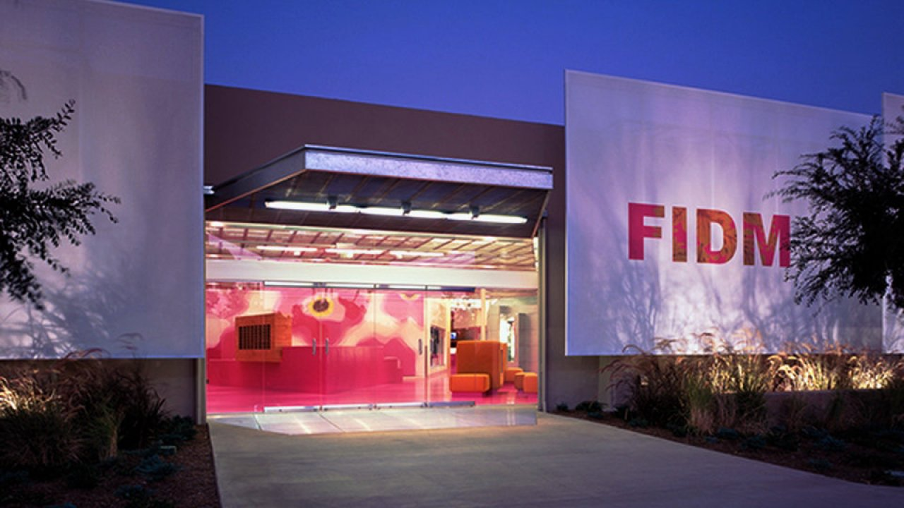 Fashion Institute Of Design Merchandising Museum Los Angeles United States Hisour Hi So You Are
