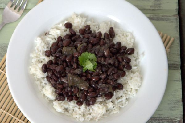 Cuban style black beans and white rice hispanic food network cuban style black beans and white rice forumfinder Gallery