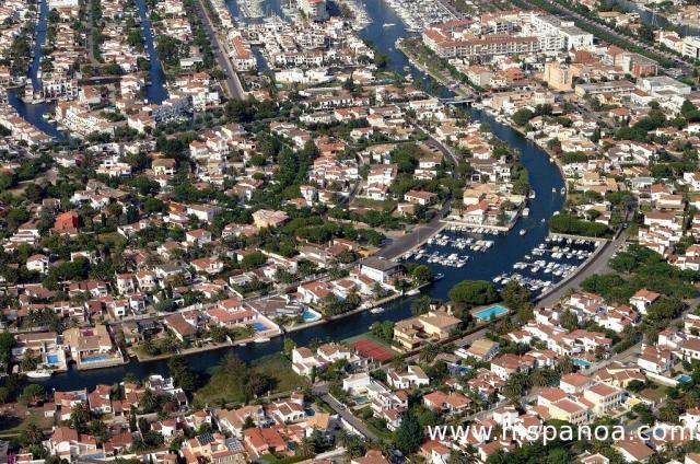 Choisir une location  Empuriabrava cest dcouvrir la venise Espagnole sur la Costa Brava
