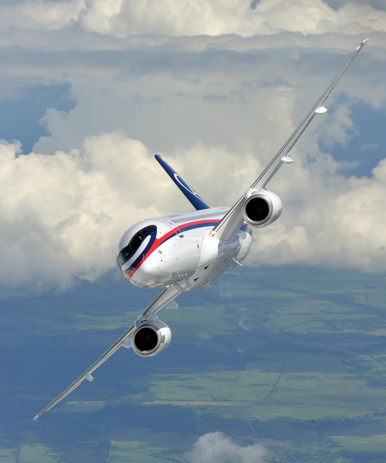 Resultado de imagen para sukhoi SSJ-100