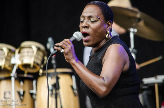 SharonJones&TheDapKings-13
