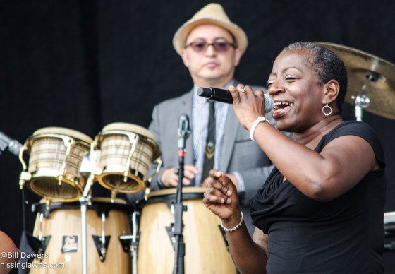 SharonJones&TheDapKings-2