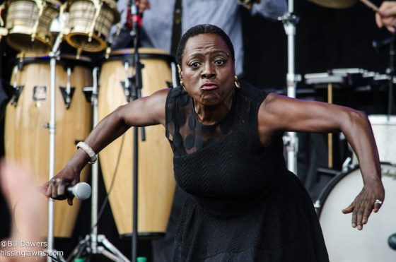 SharonJones&TheDapKings-8