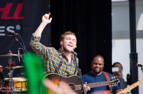 PhillipPhillips-4