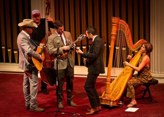 Bradford Lee Folk & The Bluegrass Playboys