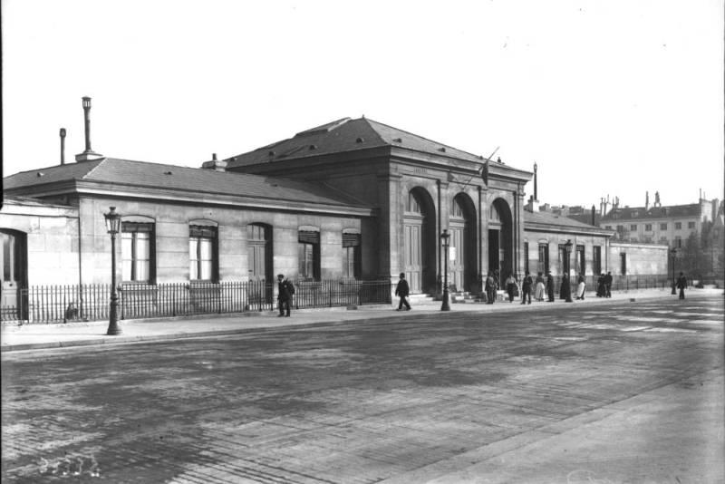 La morgue quai de l'Archevêché photographie de presse 1913