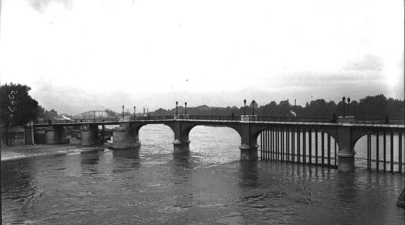 Passerelle de l'Estacade en 1913
