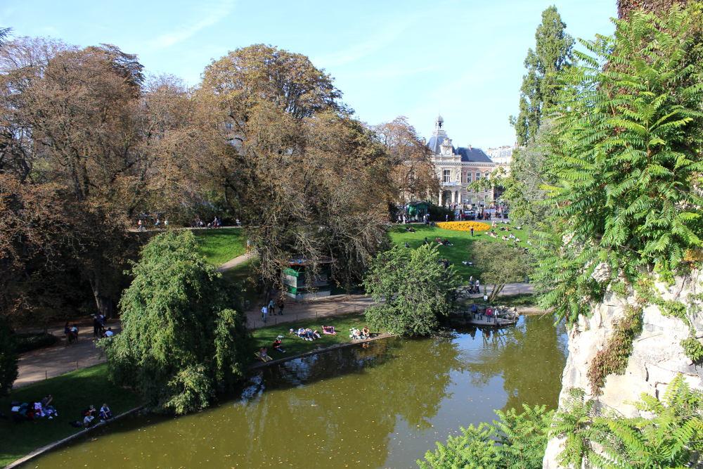 Le parc des Buttes Chaumont - Histoires de Paris