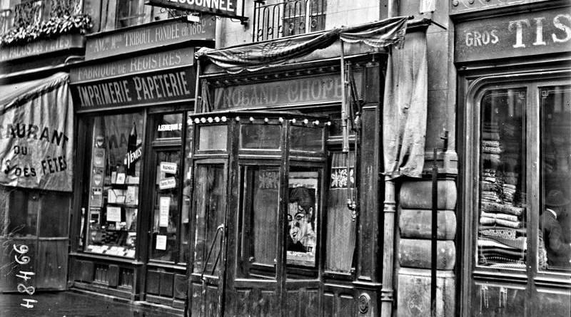 Roland au 15 de la rue aux Ours - photographie par agence Rol 1925
