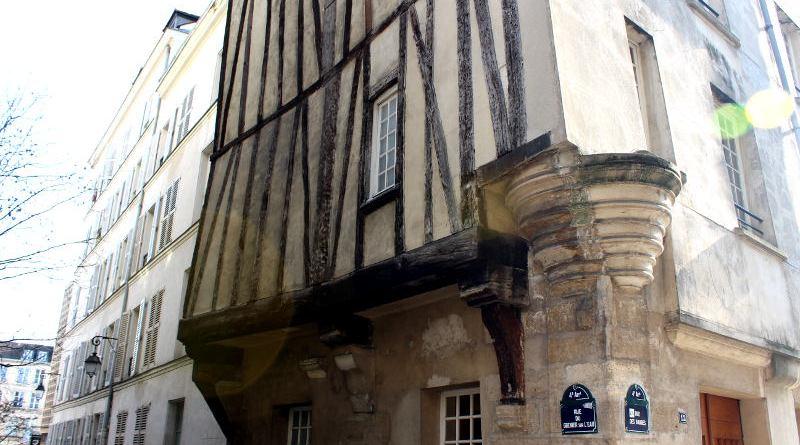 maison médiévale de la rue des Barres.