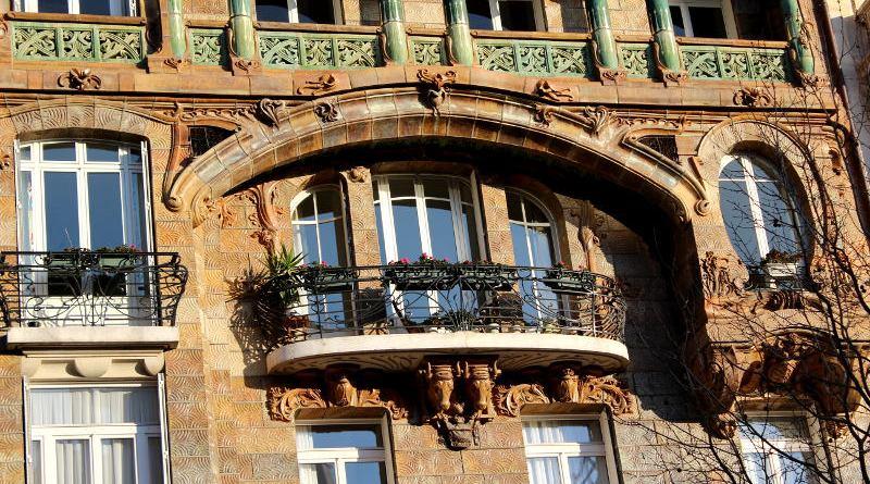 balcon de l'immeuble Lavirotte
