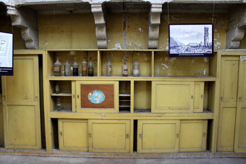 salle de la station météorologique de la Tour saint Jacques