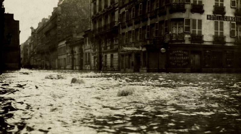 torrent de la rue de Lille en janvier 1910