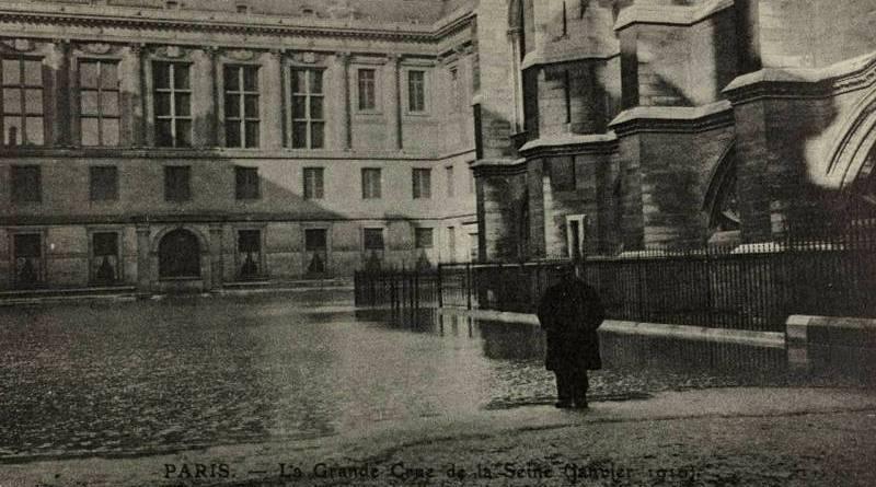 inondation de la cour du Palais de Justice