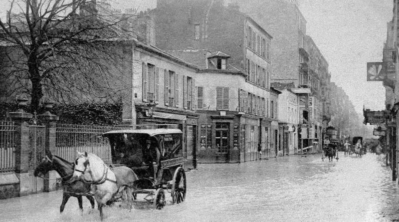 rue de Lourmel inondée par la crue de 1910