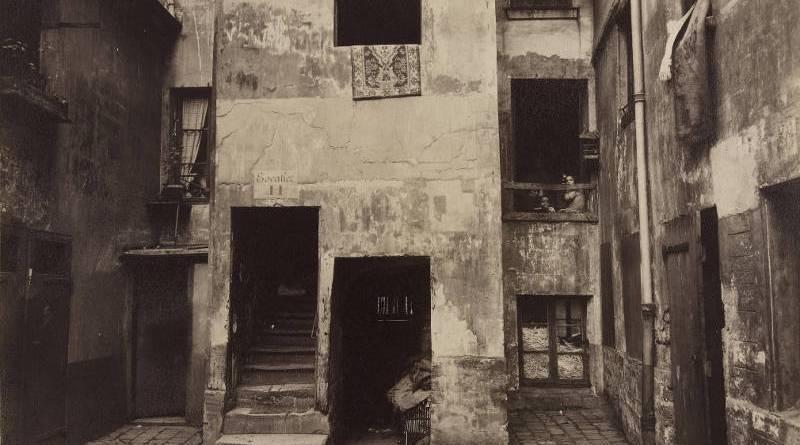 cour du 41 rue Broca en 1912 par Atget