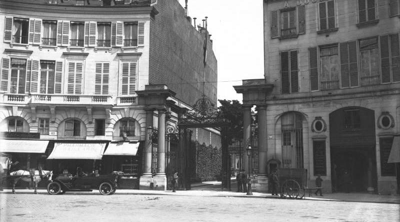 Place Beauvau, ministère de l'intérieur en 1911 Agence Rol