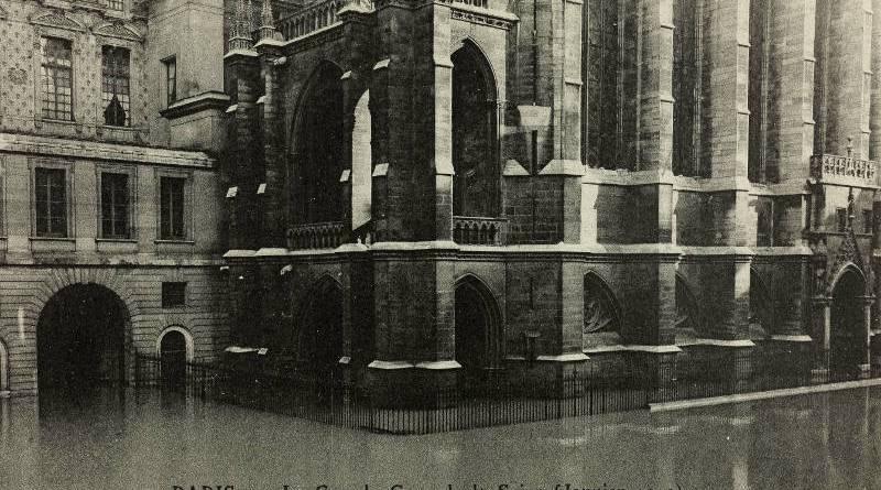 Inondation de la Sainte-Chapelle par les Frères Neurdein