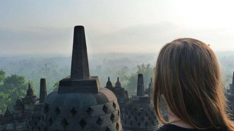 Borobudur, haut symbole du Bouddhisme