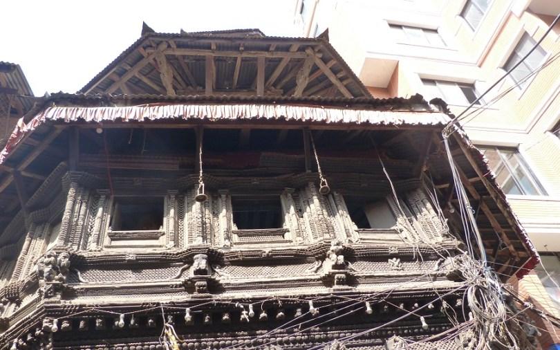 Katmandou fenetre bois