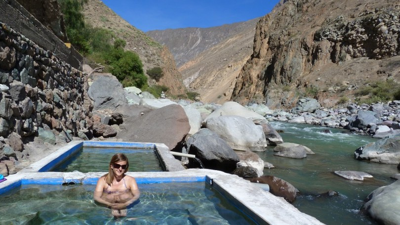 Piscine naturelle colca river