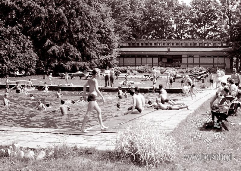 Znalezione obrazy dla zapytania stary basen jaworze