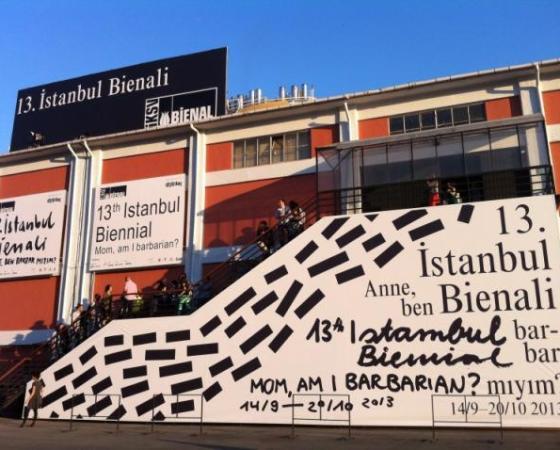 Qual é o papel das bienais na arte contemporânea?