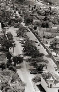 Avenida Aristeu de Andrade nos anos 80. Foto de Plínio Nicácio