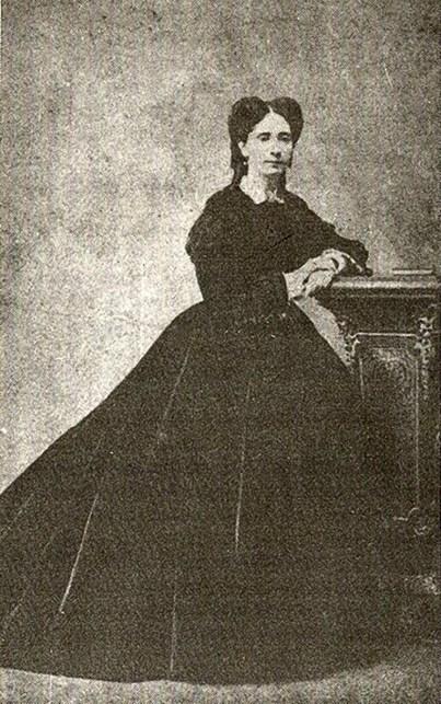 Carlota Emília de Aguiar e Andrada, a Baronesa de Penedo