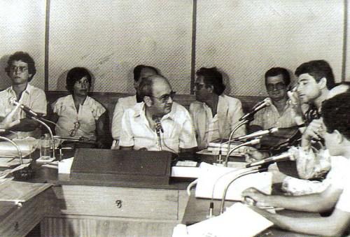 Divaldo Suruagy e José Moura Rocha participando de um dos debates históricos promovido por Edécio Lopes