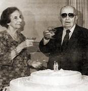 Dona Corália e o Comendador Tércio Wanderley na comemoração dos 89 anos