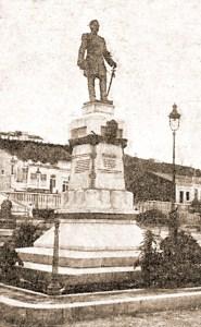 Estátua já instalada. Foto: O Malho, 1910