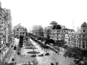 Avenida Central, atual Rio Branco e Cinelândia. Foto de Augusto Malta