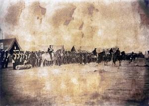 Coronel Faria da Rocha revista tropas brasileiras em Tayi, Paraguai,em 1868