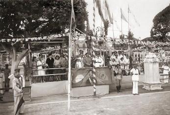 A Praça Deodoro era muito utilizada para eventos e desfiles militares. Comemoração de 7 de setembro de 1940