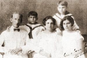 Família alemã radicada na Usina Serra Grande, São José da Lage. Augusto Eugênio Paashaus em 1929