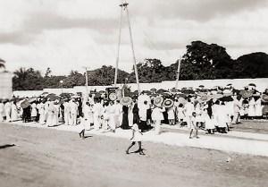 Participação popular na inauguração do busto de D. Antonio Brandão