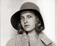 Miss Áustria, Srtª Lisl Goldarbeiter (Viena, 23/03/1909, Budapest, 14/12/1997), eleita Miss Universo 1929
