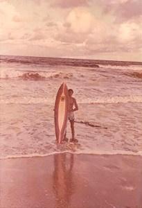 Primeira prancha de surf adquirida em Maceió e Mosquito 1975