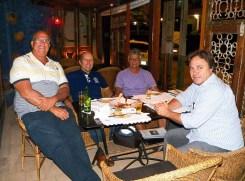 Sotero, Rubão, Mosquito e Marola, encontro da velha guarda surfista