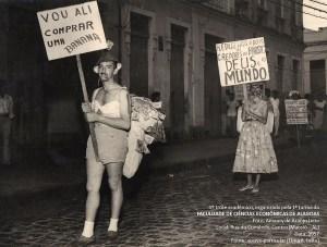 Trote da primeira turma da Faculdade de Economia de Alagoas em 1957. Do acervo de Elma Leite