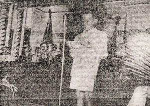Élio França, do Grêmio Rui Barbosa, fala para os alunos da 1ª Série Ginasial, num Encontro Gremista no Colégio Guido. Foto: Revista MOCIDADE, Ano 3, nº 16, Outubro/Novembro 1948, p. 41.
