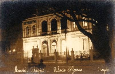Palácio do Governo em Maceió em foto noturna de Rogato