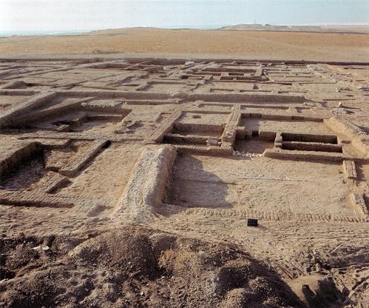 Fotografía del yacimiento arqueológico de Habuba Kebira