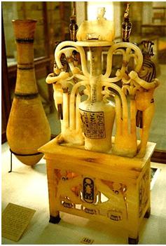 Vasija de perfumes utilizada por Tutankhamon
