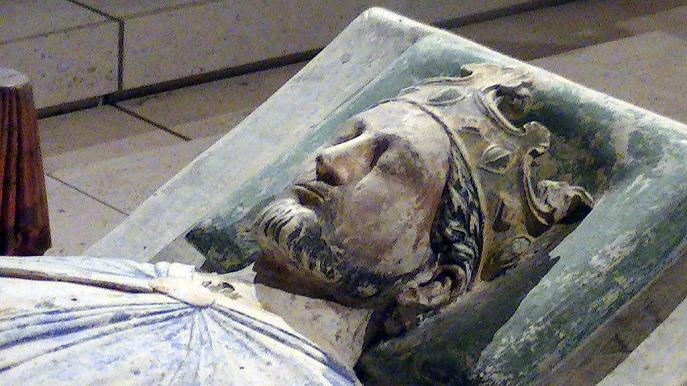 Efigie de Ricardo I en su tumba de la iglesia de Fontevrault
