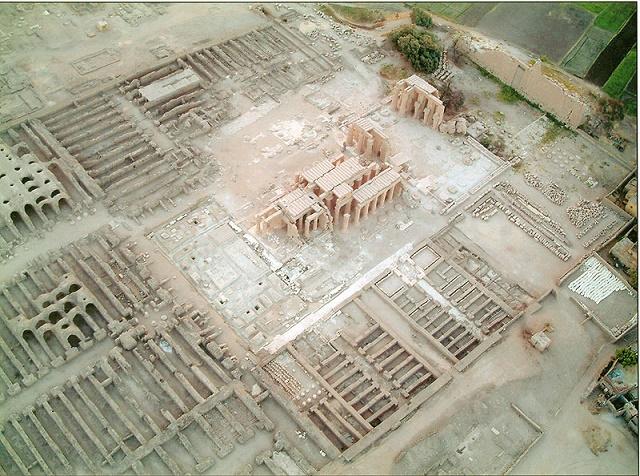 Vista aérea de los restos del Ramesseum